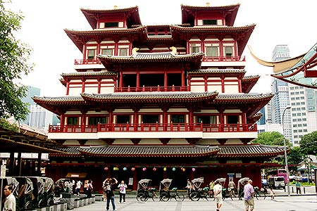 Singapore Temple Picture on Singapore  Chinatown  Buddha Tooth Relic Temple  Virtourist Com