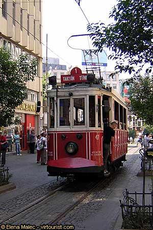 42 50 istanbul tram on pera road istiklal caddessi for Taksim pera orient hotel